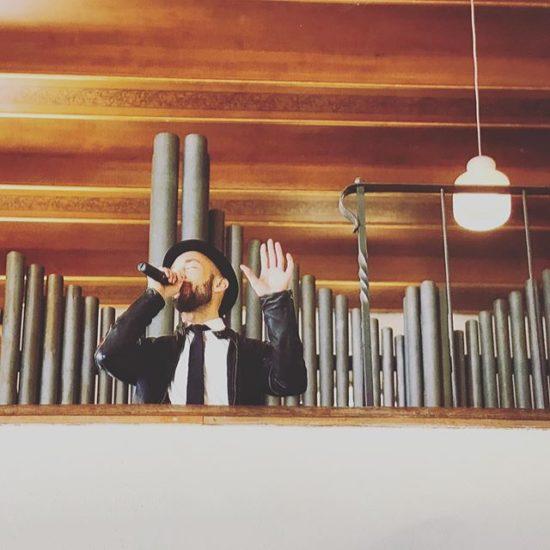 Michael bei Trauungen in Kirchen